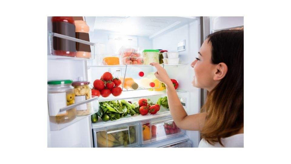 how long do you have to wait to put food in a new refrigerator?